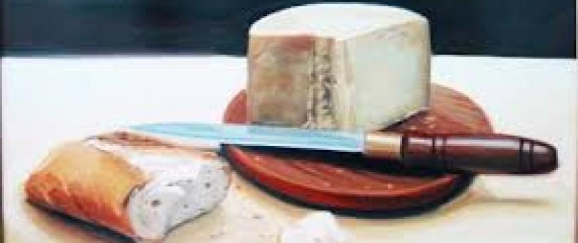 Un mendrugo de pan y un queso.